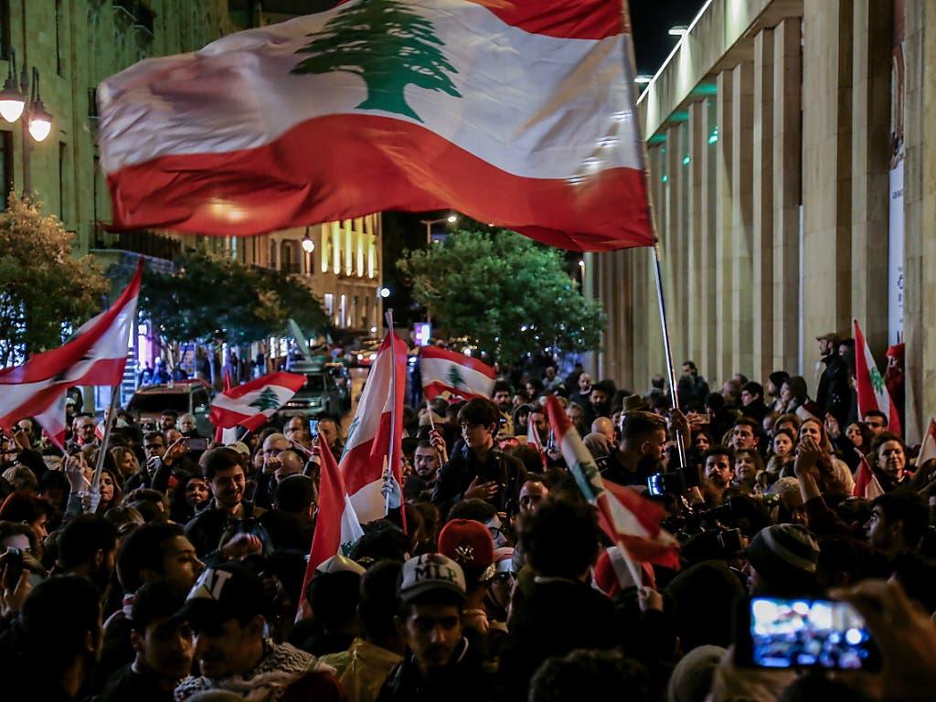 Am Samstagabend hat es in Beirut erneut Demonstrationen gegen verbreitete Korruption und staatliche Misswirtschaft gegeben.