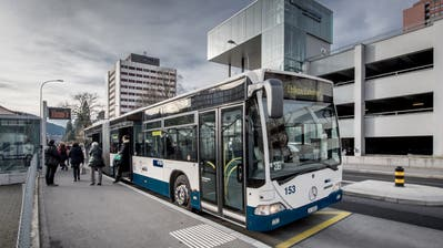 An der Haltestelle Kreuzstutzin Luzern hält jetzt neu der Bus der Linie 30. (Bild: Pius Amrein)