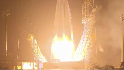 Die Soyuz VS23 Rakete mit dem Cheops-Satelliten startet um 9.54 Uhr wom Weltraumbahnhof Kourou aus. (Esa Handout, EPA)