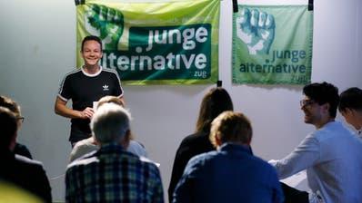 Jonas Feldmann, Gründungsmitglied der Jungen Alternativen Zug, erzählte im September in der Industrie 45, wie die Gründung der Partei vor zehn Jahren ablief. (Bild: Stefan Kaiser (Zug, 28. September 2019))