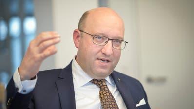 FDP-Regierungskandidat Beat Tinner im Interview. (Bilder: Hanspeter Schiess)