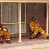 Kampf bei Rekordhitze gegen Buschfeuer in Australien