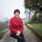 Gudrun Dötsch im Pfarrhausgarten Eich, wo sie momentan noch tätig ist. (Bild: Manuela Jans-Koch (Eich, 22. November 2019))