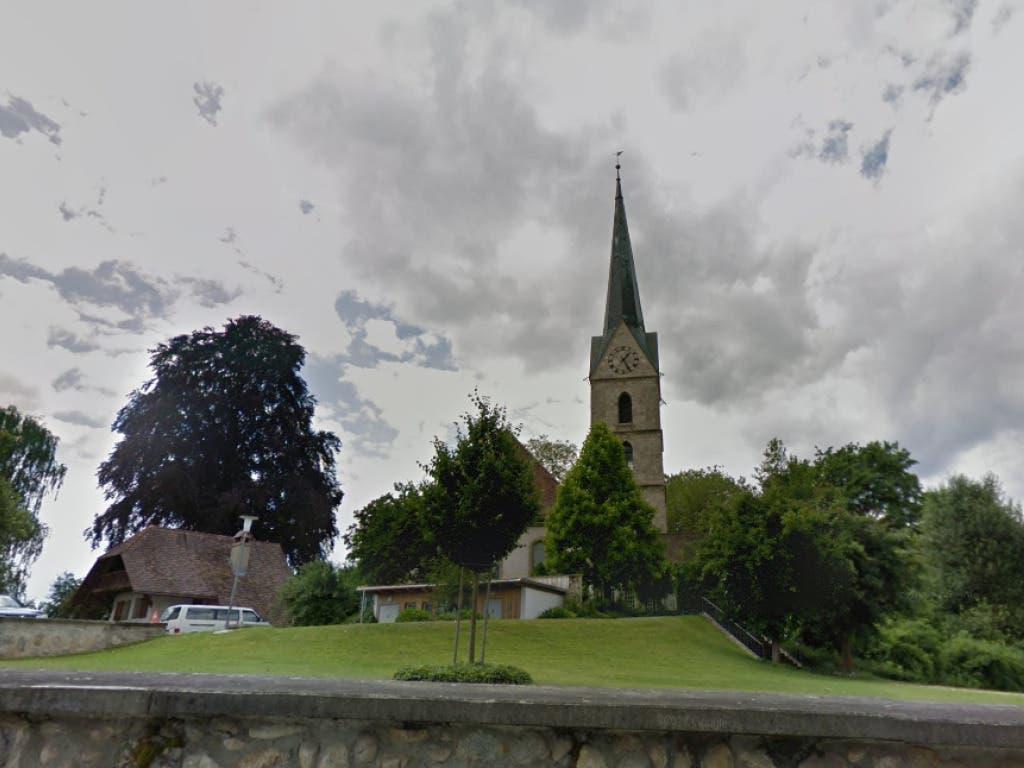 In diesem Kirchturm brach am Dienstagmorgen Feuer aus.