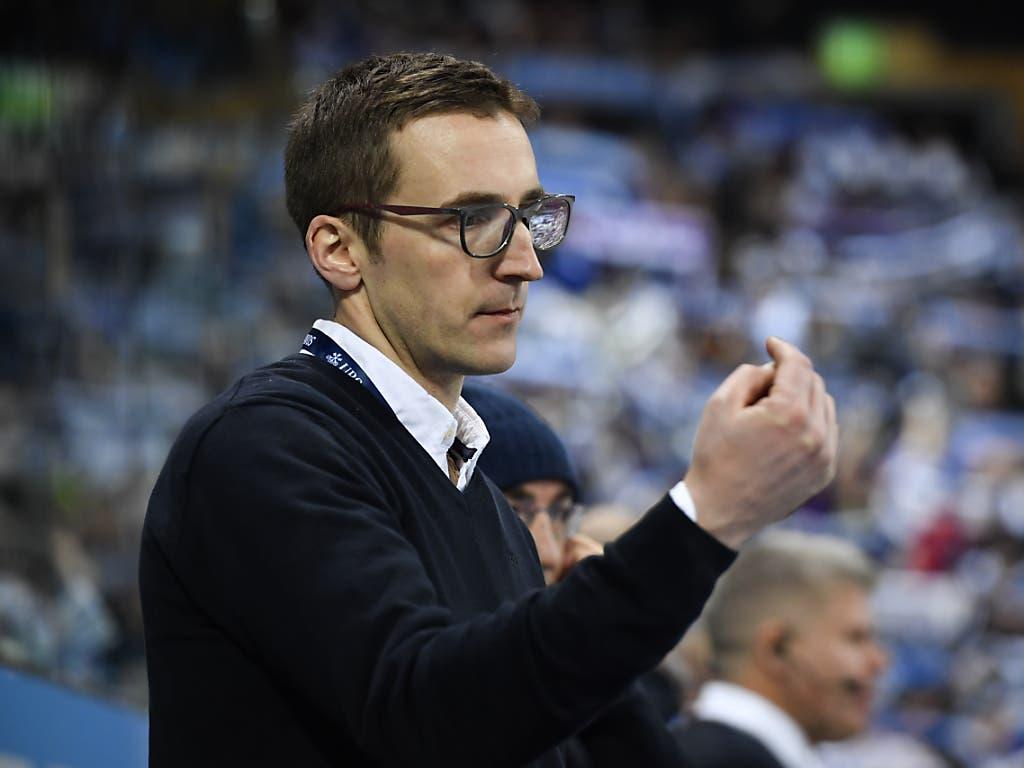 Ambris Trainer Luca Cereda coachte sein Team zu einem erfolgreichen Spengler-Cup-Debüt