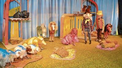 Auf der Puppenbühne in Wildhaus kommt es in diesem Winter zu einer Rebellion der Tiere