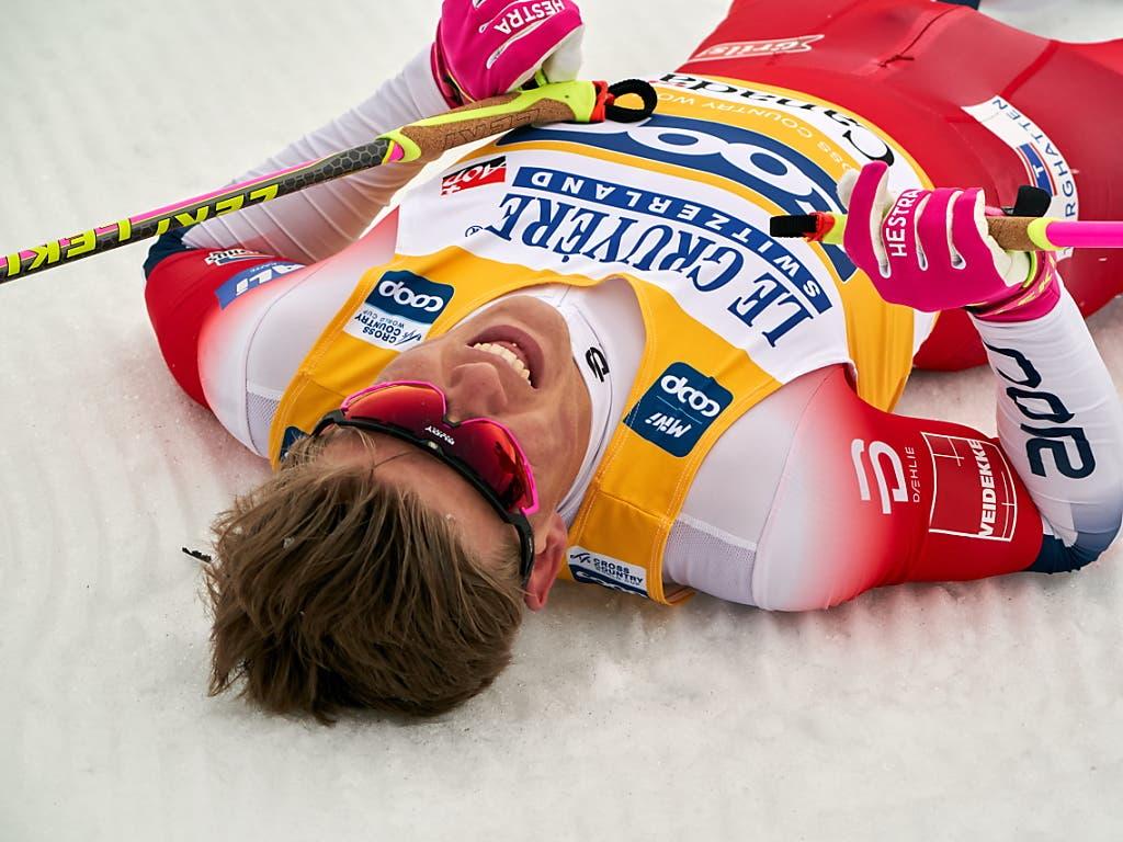 Die Topfavoriten sind die Weltcup-Leader und kommen aus Norwegen: Johannes Hösflot Klaebo bei den Männern