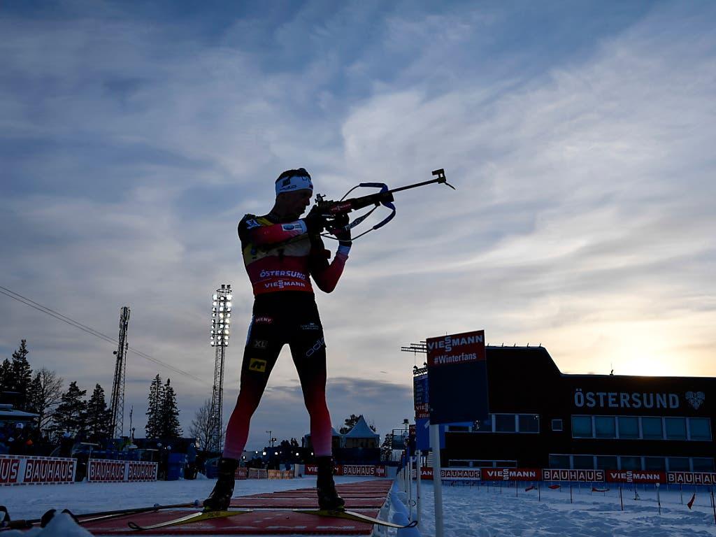 Tarjei Bö und sein Bruder Johannes Thingnes stehen im Biathlon vorne