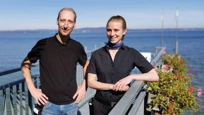 Ein eingespieltes Serviceteam: Frank Moser und Mirjam Imark. ((Bild: Desirée Müller))