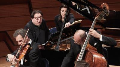 Pianist Fazil Say während des Konzerts des Sinfonieorchesters. (Jakob Ineichen, 4. Dezember 2019)
