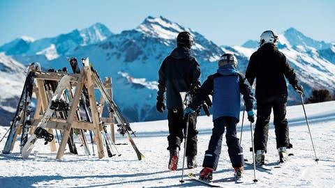 Im Schneesportlager können die Kinder nebst Skifahren auch andere Wintersportarten kennen lernen.