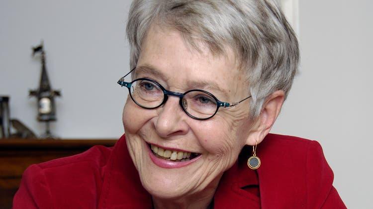 Klara Obermüller ist Schriftstellerin und Publizistin, u.a. für «Journal 21». Sie war Redaktorin bei NZZ, «Weltwoche» und Moderatorin bei SRF («Sternstunde Philosophie»)