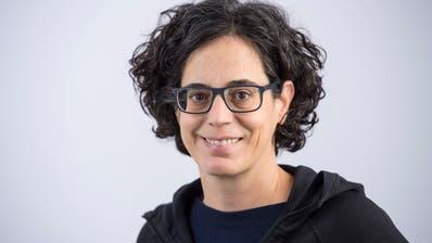 Alexandra Stark ist Journalistin, Studienleiterin am Medienausbildungszentrum (MAZ) und Mitglied des Publizistischen Ausschusses von CH Media.