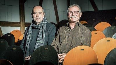 Lukas Huggenberg und Fritz Brechbühl (rechts) wollen das Theater an der Grenze in eine sichere Zukunft führen.