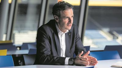 Er beantwortet derzeit keine Fragen: Philipp Studhalter im vergangenen Februar bei einem Interview in der Swisspor-Arena. (Bild: Dominik Wunderli)