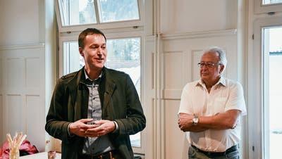 Der neue und der bisherige Fischinger Gemeindepräsident: René Bosshart und Willy Nägeli. (Bilder: Roman Scherrer)
