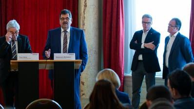 Die Verantwortlichen von Bombardier und SBB stellten sich den Medien.  Bild: Peter Klaunzer/Keystone (Bern, 11. Februar 2019)