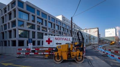 Die Baustelle rund um das BaslerUniversitätsspitalim Rahmen der Sanierung und Erweiterung des Operationstraktes Ost. (Georgios Kefalas/Keystone, 22. November 2018)