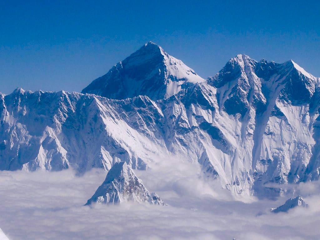 China schliesst sein Basislager am Mount Everest für normale Touristen wegen zu viel Müll. (Bild: KEYSTONE/EPA/NARENDRA SHRESTHA)