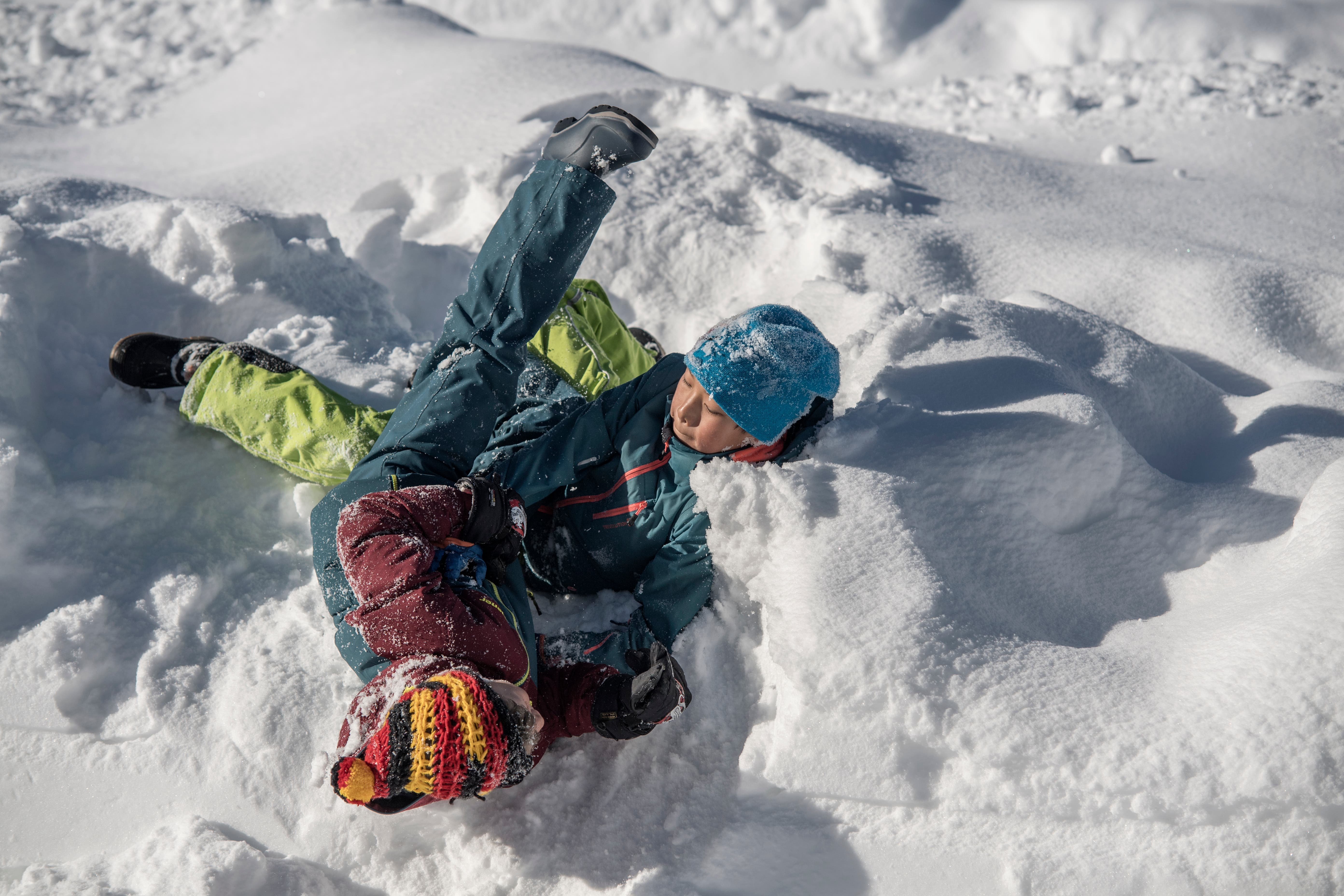 Einblick in den Schulalltag der Bergschule Stoos. Im Bild: Pausenaktivitäten der Kinder. (Bild: Pius Amrein (Stoos, 8. Februar 2019))