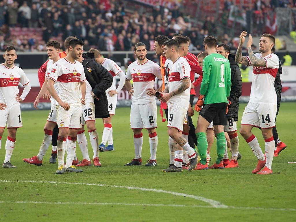 Am Ende bleibt nur die Enttäuschung: Der VfB Stuttgart bleibt gegen Leipzig trotz ansprechender Leistung ein weiteres Mal ohne Punkte (Bild: KEYSTONE/EPA/ANDREAS SCHAAD)