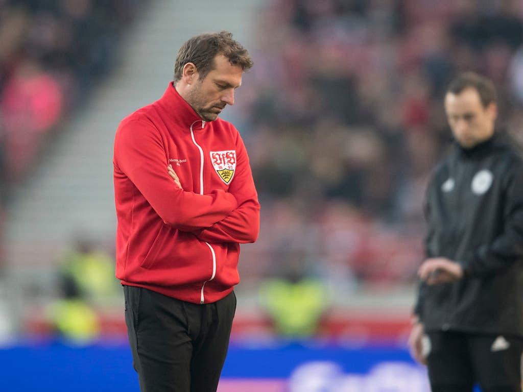 Der Druck auf Stuttgart-Coach Markus Weinzierl dürfte nach der Niederlage gegen Leipzig weiter zunehmen (Bild: KEYSTONE/EPA/ANDREAS SCHAAD)