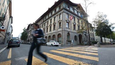 Die Stadt Luzern – im Bild das Stadthaus – kann sich erneut über einen guten Rechnungsabschluss freuen. (Bild: Boris Bürgisser, Luzern14. Oktober 2014)