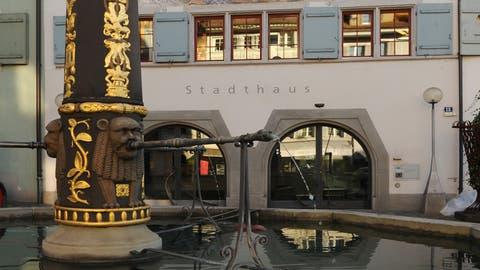Nun ist es klar: Ab 1. November bedient die SebaCrypto AG im Stadthaus am Kolinplatz die Kunden. (Bild: Stadt Zug)