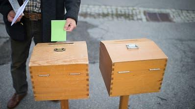 SVP und SP verlieren – Grüne, GLP und FDP legen zu: Wie die Parteien im jüngsten SRG-Wahlbarometer abschneiden