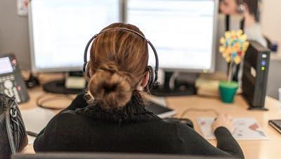 Der Druck auf Marktforscher wächst: Gehören Callcenter schon bald der Vergangenheit an? (Bild: Gaetan Bally/Keystone)