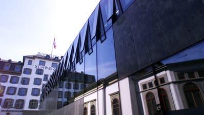 Hier im Annexbau des Schweizerhofs übernimmt die SHL für fünf Jahre Räume der Migros-Klubschule. (Archivbild: LZ)