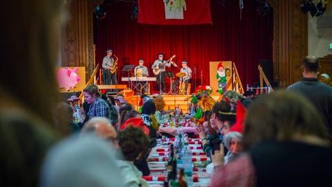 Der Narräschmaus ist eine von vielen Veranstaltungen der Bürgler Fasnacht. (Bild: Andrea Stalder, 17. Februar 2018)