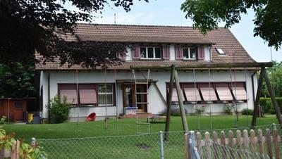 Das alte Gebäude des Kindergartens an der Thomas-Bornhauser-Strasse steht derzeit leer. (Bild: Annina Flaig)