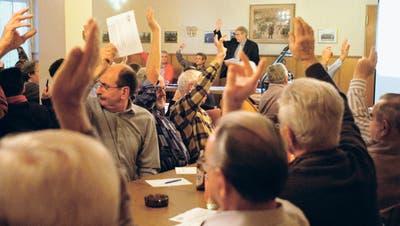 Nur wenige Besucherinnen und Besucher werden an den Volksversammlungen gezählt, wenn kein kontroverses Thema besprochen wird. Bild: APZ