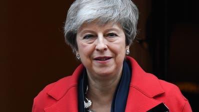 May gibt Widerstand gegen Verschiebung des Brexit auf