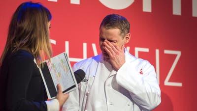 Zu Tränen gerührt: Patrick Mahler freut sich über seine zwei Michelin-Sterne. (Bild: Dominik Wunderli (Luzern, 5. Februar 2019))