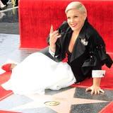 Sängerin Pink auf «Walk of Fame» geehrt - «Stolz auf dich, Baby»