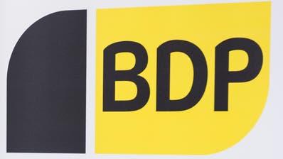 Des pancartes photographiees lors de la 1ere assemblee des delegues 2019 du Parti Bourgeois-Democratique Suisse, PBD, BDP, ayant pour but de formuler des recommandations de vote et de preciser leur position sur lâÄôaccord-cadre avec lâÄôUnion europeenne, ce samedi, 12 janvier 2019, au Parc Hotel a Fribourg. (KEYSTONE/Adrien Perritaz)