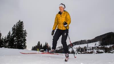 Eine Langläuferin auf der Loipe im Eigenthal. (Bild: Eveline Beerkircher, 7. Februar 2019)