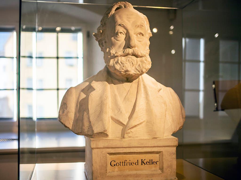 Das Museum Strauhof zeigt Gottfried Keller in einer neuen Ausstellung als träumenden Realisten. 2019 jährt sich zum 200. Mal das Geburtsjahr des Zürcher Dichters. (KEYSTONE/Walter Bieri) (Bild: KEYSTONE/WALTER BIERI)