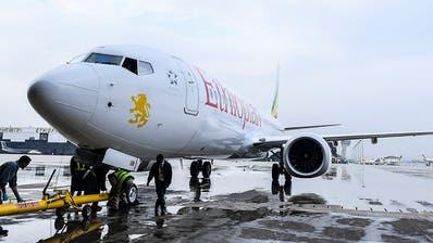 Keine Überlebenden nach Flugzeugabsturz nahe von Addis Abeba