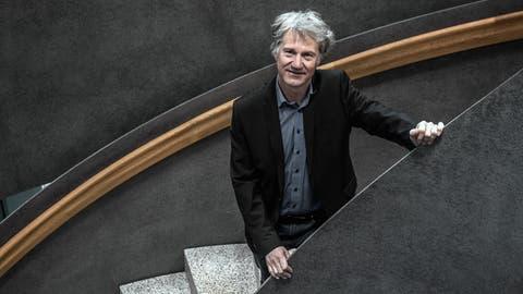 Cyrill Wiget auf der Wendeltreppe im neuen Krienser Stadthaus. (Bild: Pius Amrein, 11. März 2019)