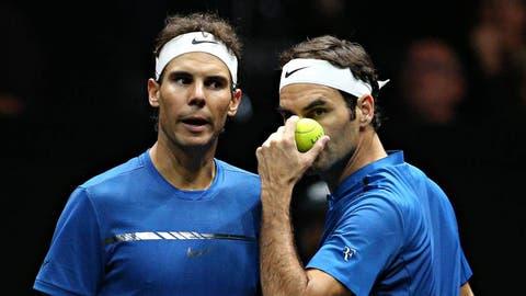 Rafael Nadal und Roger Federer kritisieren Novak Djokovic. (Bild: Keystone)