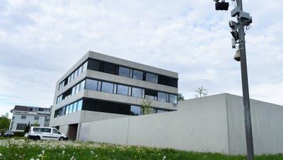 Das Bundesasylzentrum in Kreuzlingen. Von hier verschwinden abgewiesene Asylbewerber nach Deutschland, wird befürchtet. (Bild: edc)