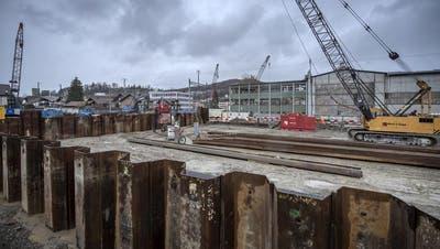 Die Baustelle in der Wegmatt, wo die Unterführung und eine neue Überbauung entstehen. (Bild: Pius Amrein, Horw, 14. März 2019)