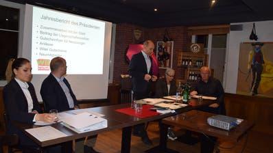 Jürg Wipf (Mitte) konnte an der Hauptversammlung der IGOB positive Neuigkeiten zur Zusammenarbeit mit der Stadt vermelden. (Bild: gia)