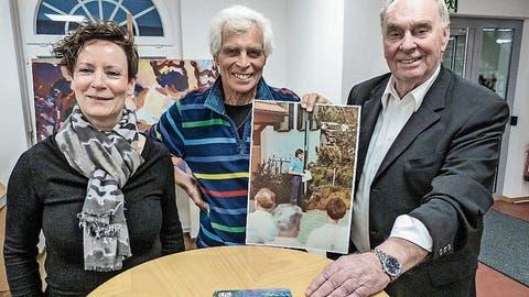 Erfolgreiche Vernissage: Aadorfer Grafiker und Maler stellt in der Bibliothek aus