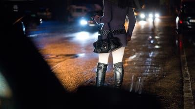 Fälle von Menschenhandel sollen im Kanton Luzern wieder vermehrt aufgedeckt werden. (Symbolbild: Dominik Wunderli)