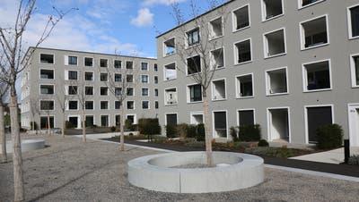 Die tiefen Hypothekarzinsen und weitere Umstände haben in Wil neue Quartiere entstehen lassen wie hier an der St.Gallerstrasse. (Bild: Hans Suter)
