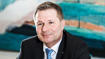Regierungsrat Marcel Schwerzmann am 5. Dezember 2018 im Gespräch in einem Sitzungszimmer im Finanzdepartement in Luzern. (Freie Fotografin/Eveline Beerkircher)